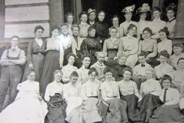 Sumer School Class 1901